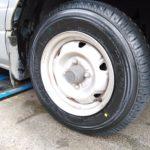 タウンエースに165R13 8PR ブリヂストンV600を装着しました。バン・小型トラックタイヤも当店にお任せください!