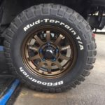 タイヤのローテーションやスタッドレスタイヤの持ち込み脱着作業は1台分で税込み1,000~となります♪