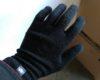 南極観測隊が身に付ける手袋を実際に買って装着してみました